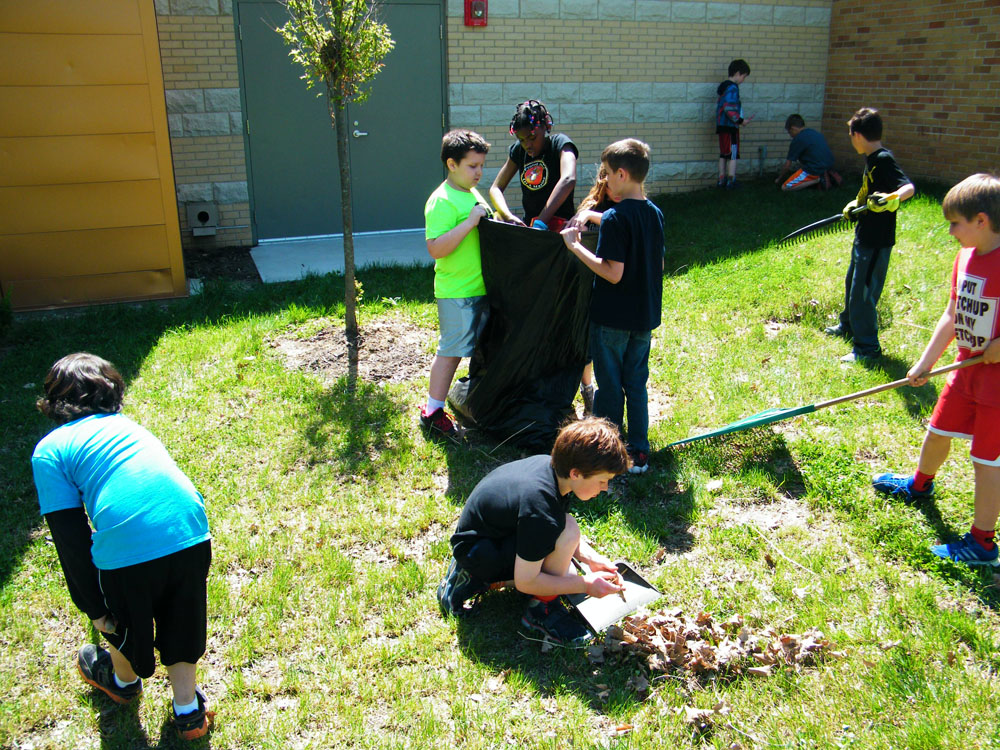 Earth day and clean up campaign